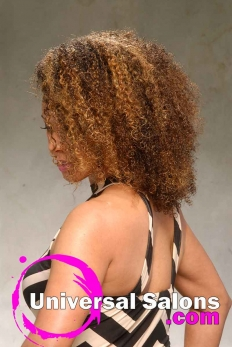 This Curly Natural Hairstyle is Versatile and Chic (4)