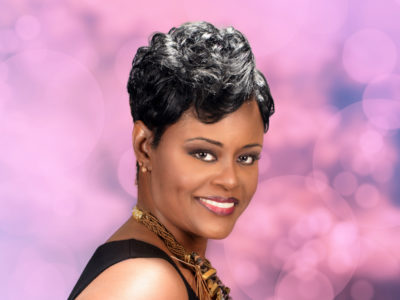 Short Hairstyle for Black Women with Waves and Soft Curls