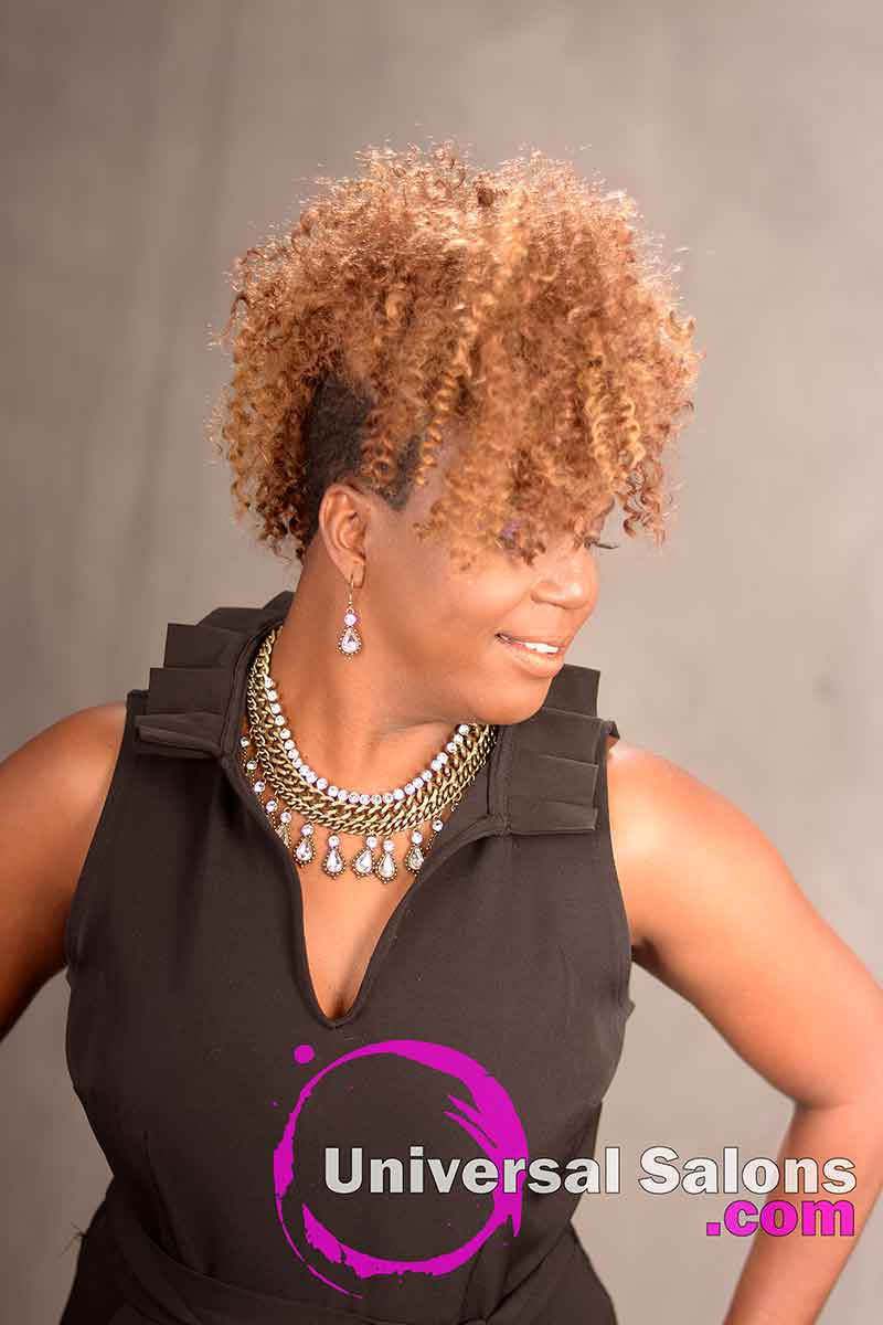 An Impressive Curly Hair Mohawk Hairstyle For Black Women