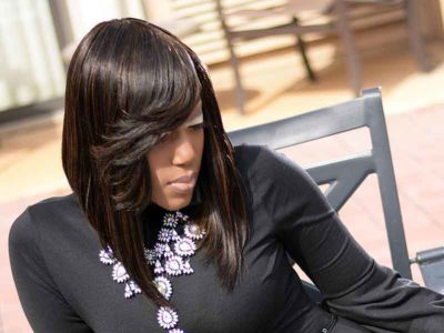 Long Diagonal Forward Quick Weave Bob